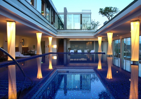 Blue Spa Pool