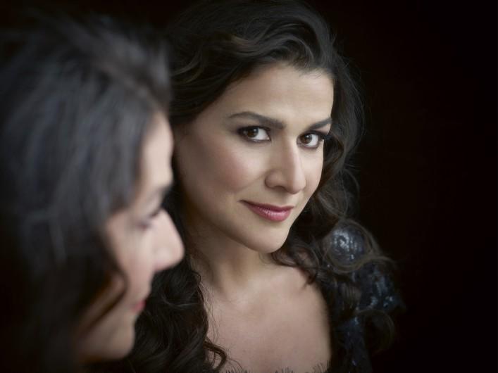 Portrait der Sopranistin Cecilia Bartoli