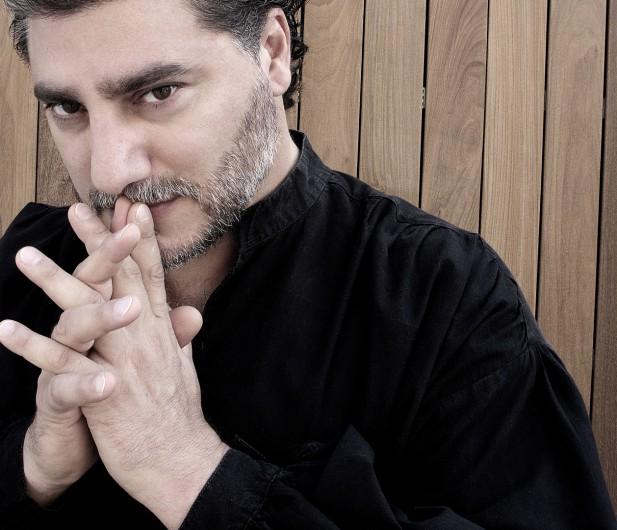 Portrait des Tenors José Cura