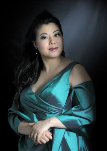 Portrait der Sopranistin Hui He