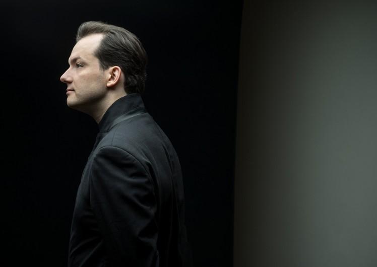Portrait des Dirigenten Andris Nelsons