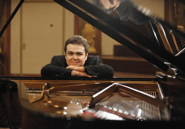 Portrait des Pianisten Arcadi Volodos