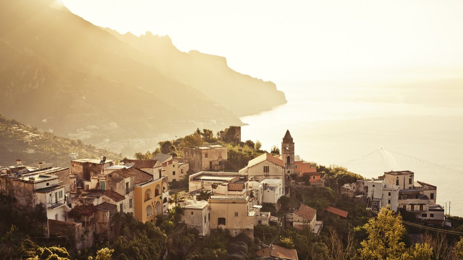 Blick auf Ravello und die Küste